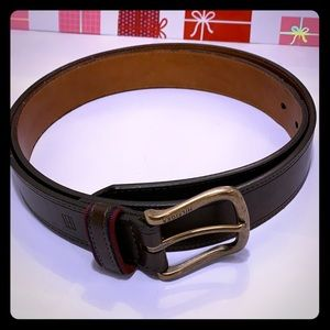 Like New Tommy Hilfiger Brown Belt. Size: 42/102